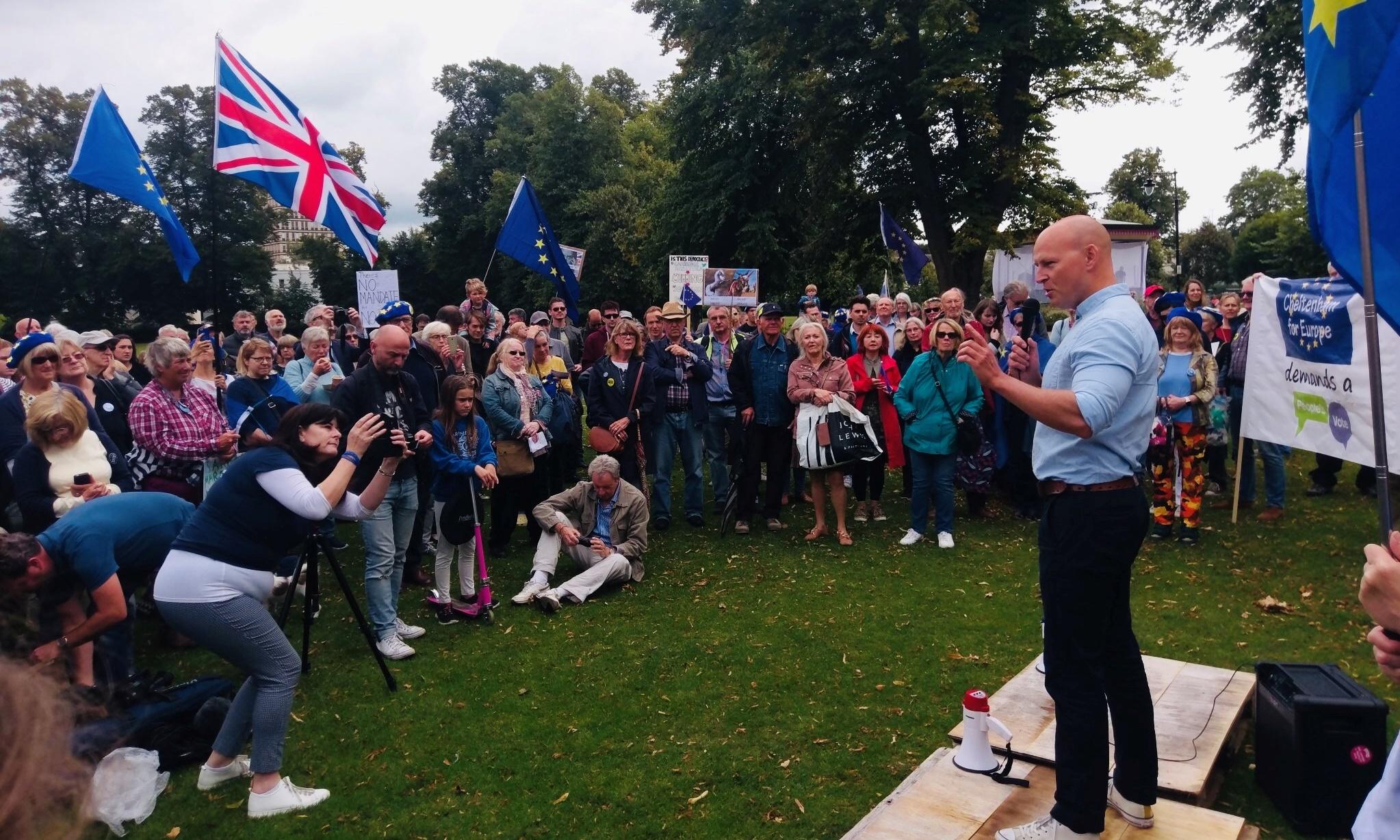 Max tells pro-EU rally: 'Vote Lib Dem to stop Brexit'