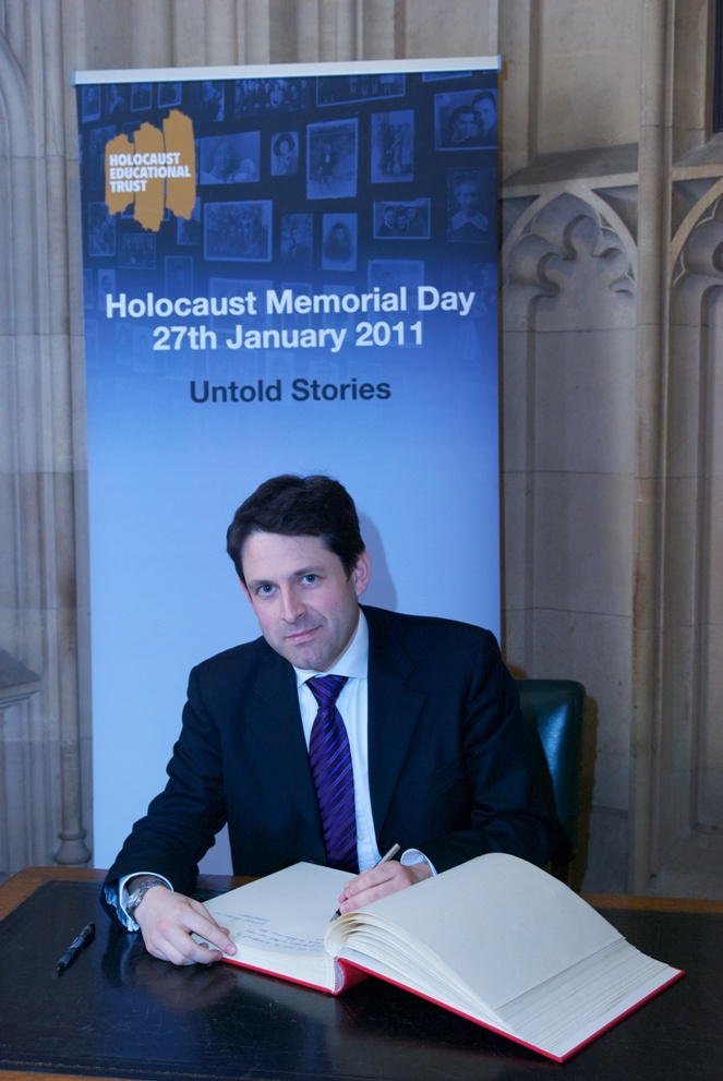 holocaust_memorial_day_2011.jpg