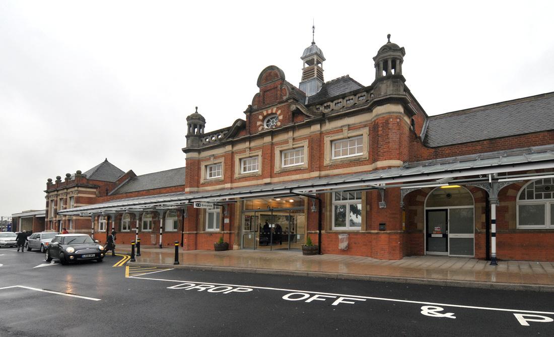 Colchester_Station.jpg