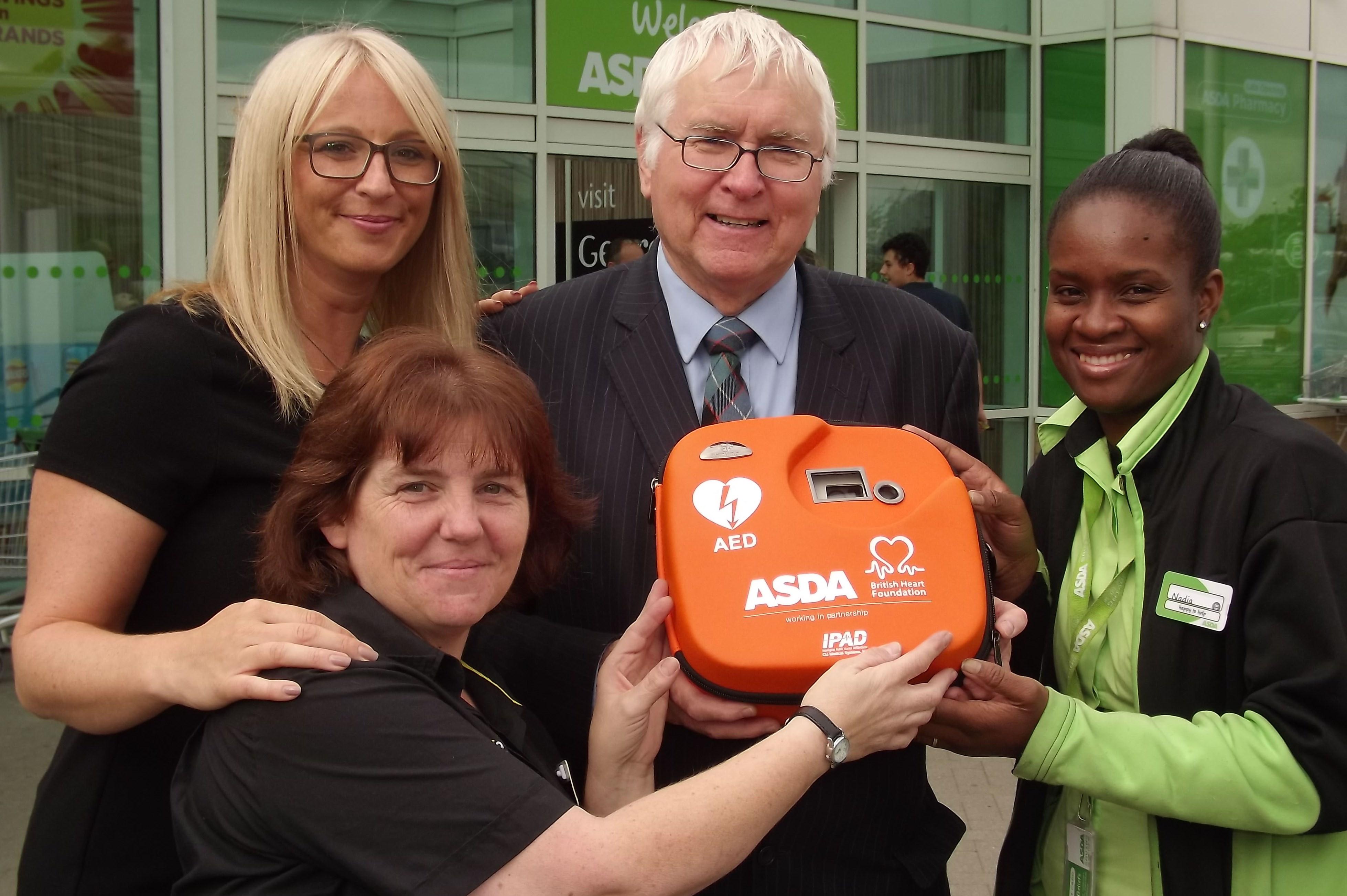 Bob_ASDA_defibrillator_1.JPG