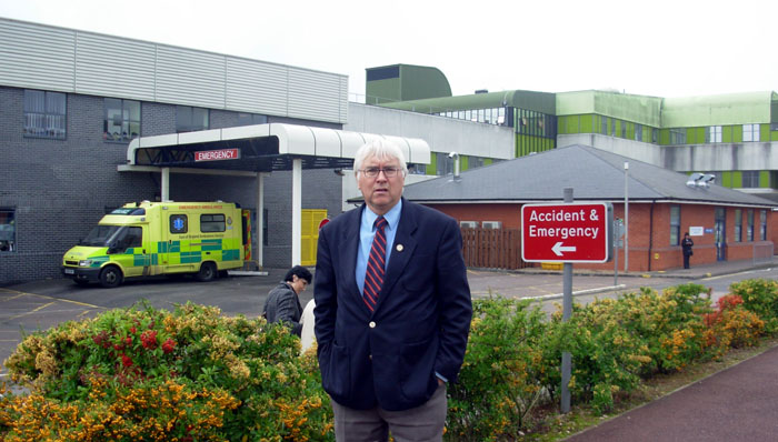 MP's vote of confidence in hospital cancer staff