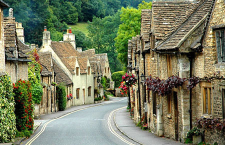 key_houses_cotswolds.jpg