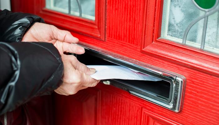 Deliver a few leaflets
