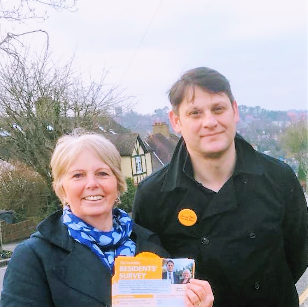 Gill Hickson and Richard Howard campaigning in Old Coulsdon