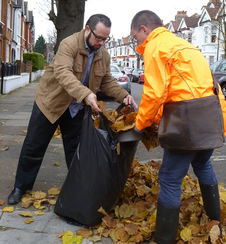 key_Andrew_Steed_with_GM_collecting_leaves_on_Speldhurst_Road.jpg