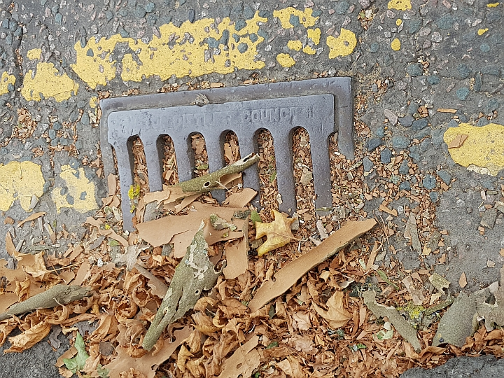 Lib Dems attack Labour over dirty streets