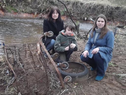 2012-02-14_Allander_Way_-_Jo_Swinson_with_Mrs._McGeachie_and_Euan_McGeachie_(web).jpg