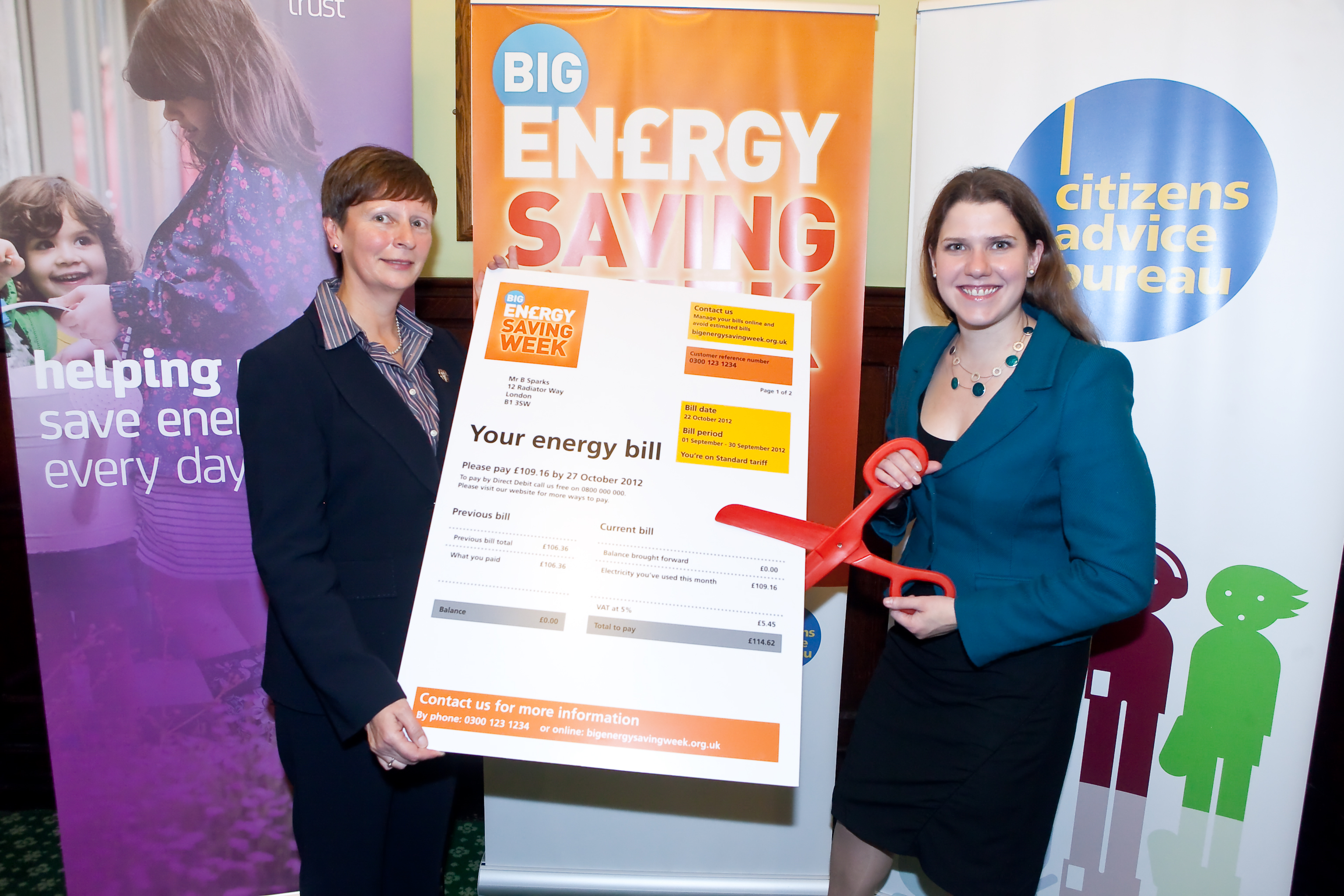 12-10-22_Jo_and_Gillian_Guy_Citizens_Advice_Big_Energy_Savings_Week.jpg