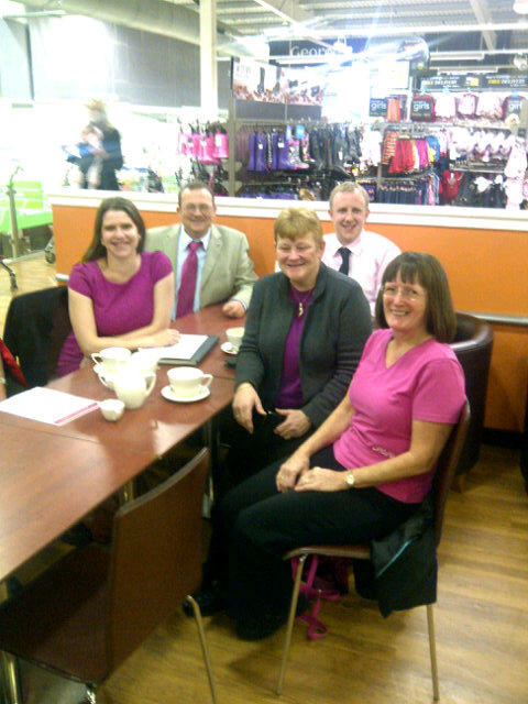 2012-10-26_ASDA_Bearsden_for_Tickled_Pink_Jo_Swinson_with_breast_cancer_care_staff.JPG