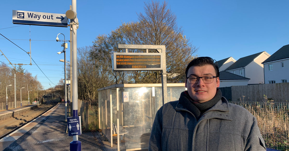 Increase train services at Curriehill Station