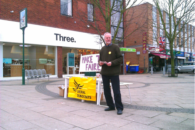 Mike O'Keefe campaigning for Fairer Tax in Eltham South