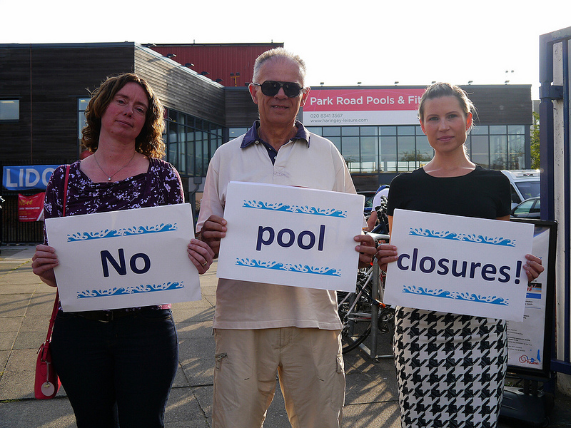 Cllr Pippa Connor with local residents Monika Siemicka and Richard Siemicki outside Park Road Pool