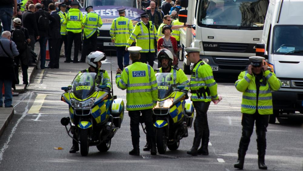 To rebuild trust the Met must respect protestors