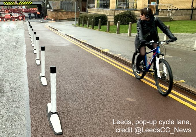 safe_travel_Leeds_pop_up_cycle_lane.jpg