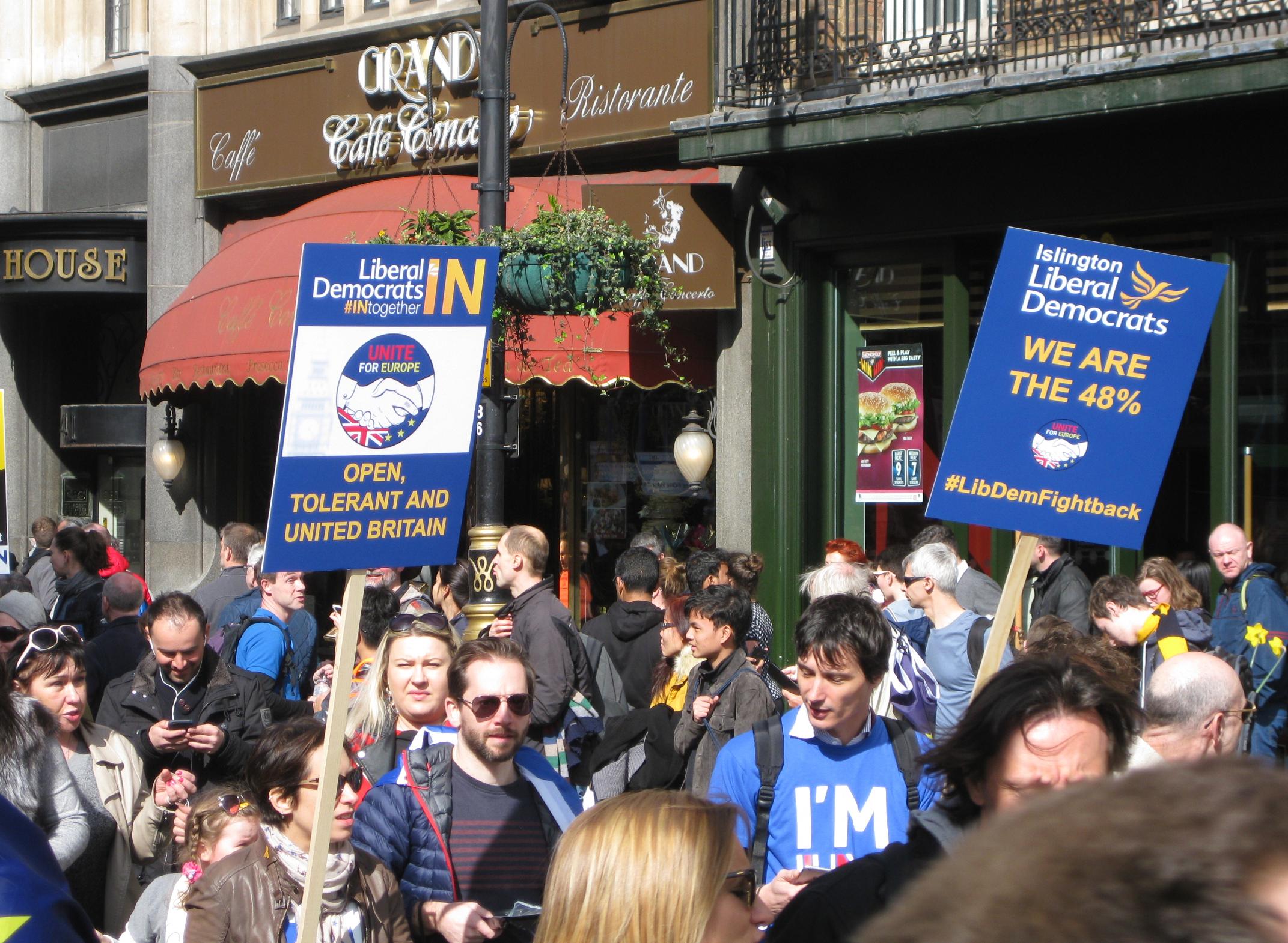 Islington libDems March for Europe