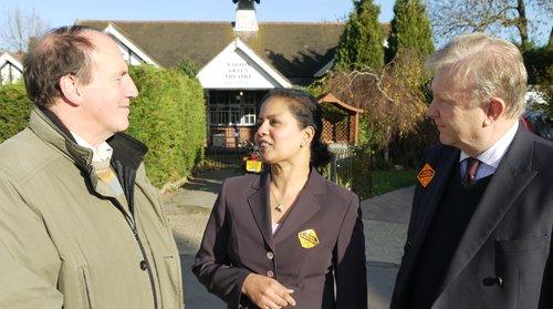 kingston_lib_dems-liberal_democrats-coombe_vale-simon_hughes-kamala_kugan-rupert_nichols-coombe-2011.jpg