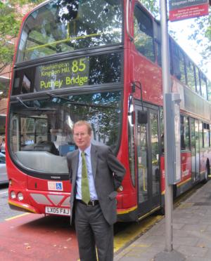 bob_steed-kingston_lib_dems-liberal_democrats-transport-bueses-tfl-countdown-protest-cuts-kingston-route_85_bus-85.jpg