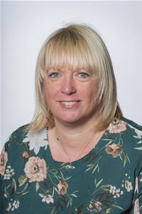 Lorraine Dunstone