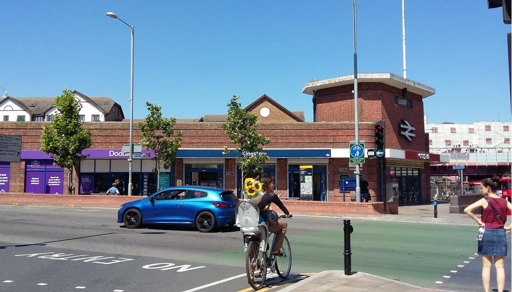 key_kingston-station-one-way-mini-holland-go-cycline-hilary-gander.jpg