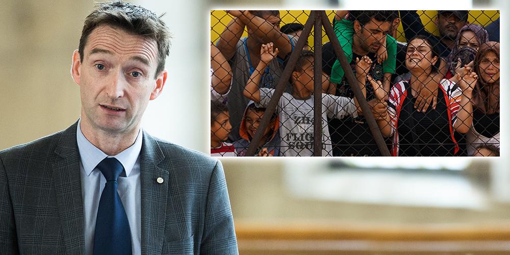 leech_refugees_2.jpg