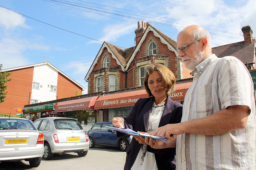 Vikki Slade and Cllr Mike Brooke launch petition to save No. 18 bus
