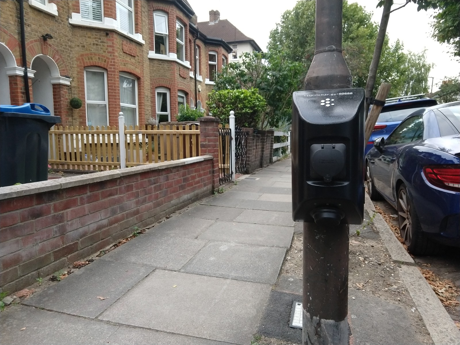 Electric Vehicle Charging in Merton