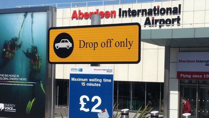 Lib Dems meet airport managing director over drop off charges