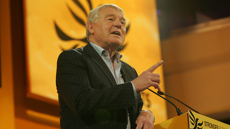 Paddy Ashdown addressing Liberal Democrat conference