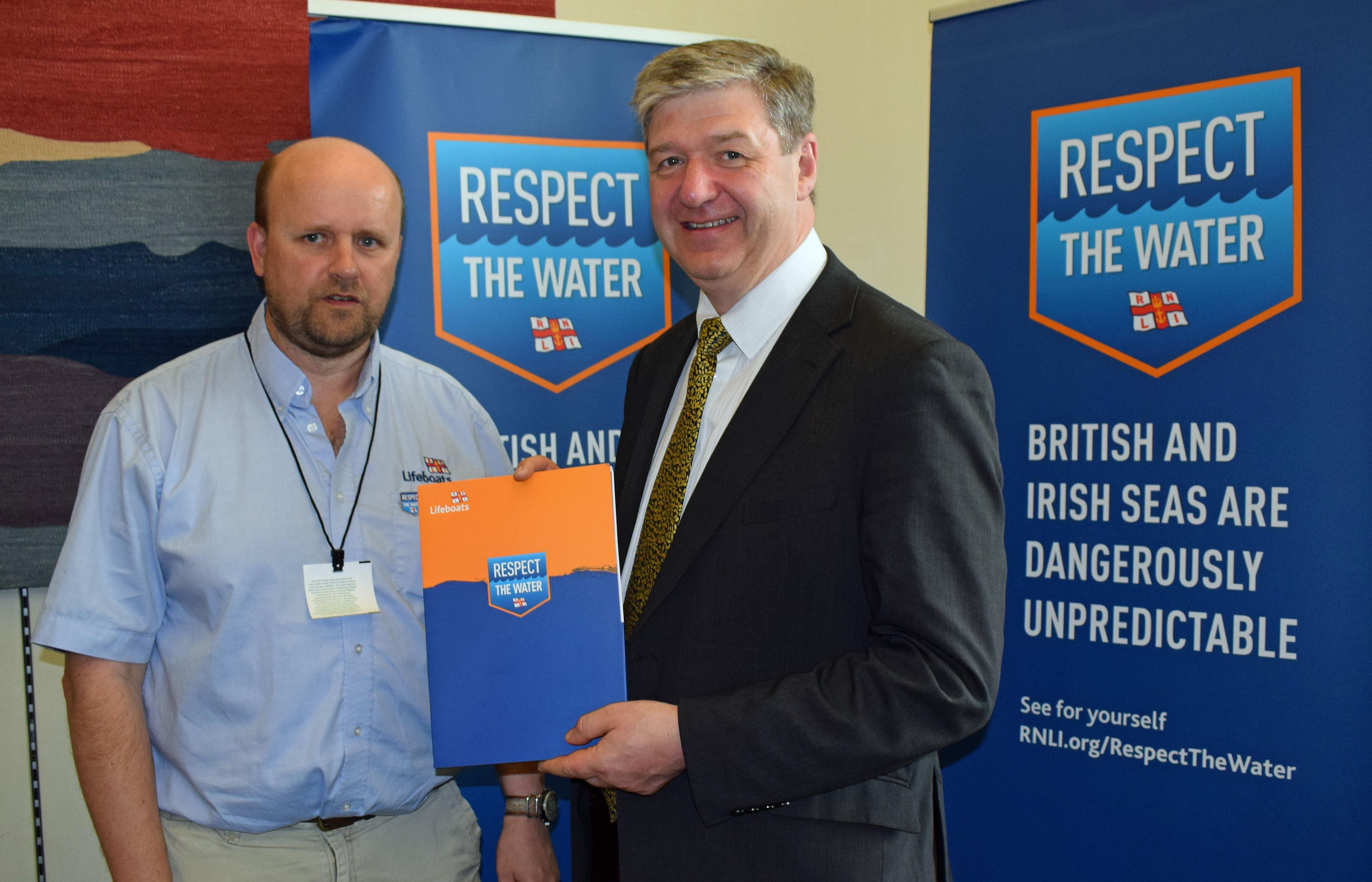 Alistair_Carmichael_(002).jpg_Respect_the_water_campaign_Jun_16.jpg