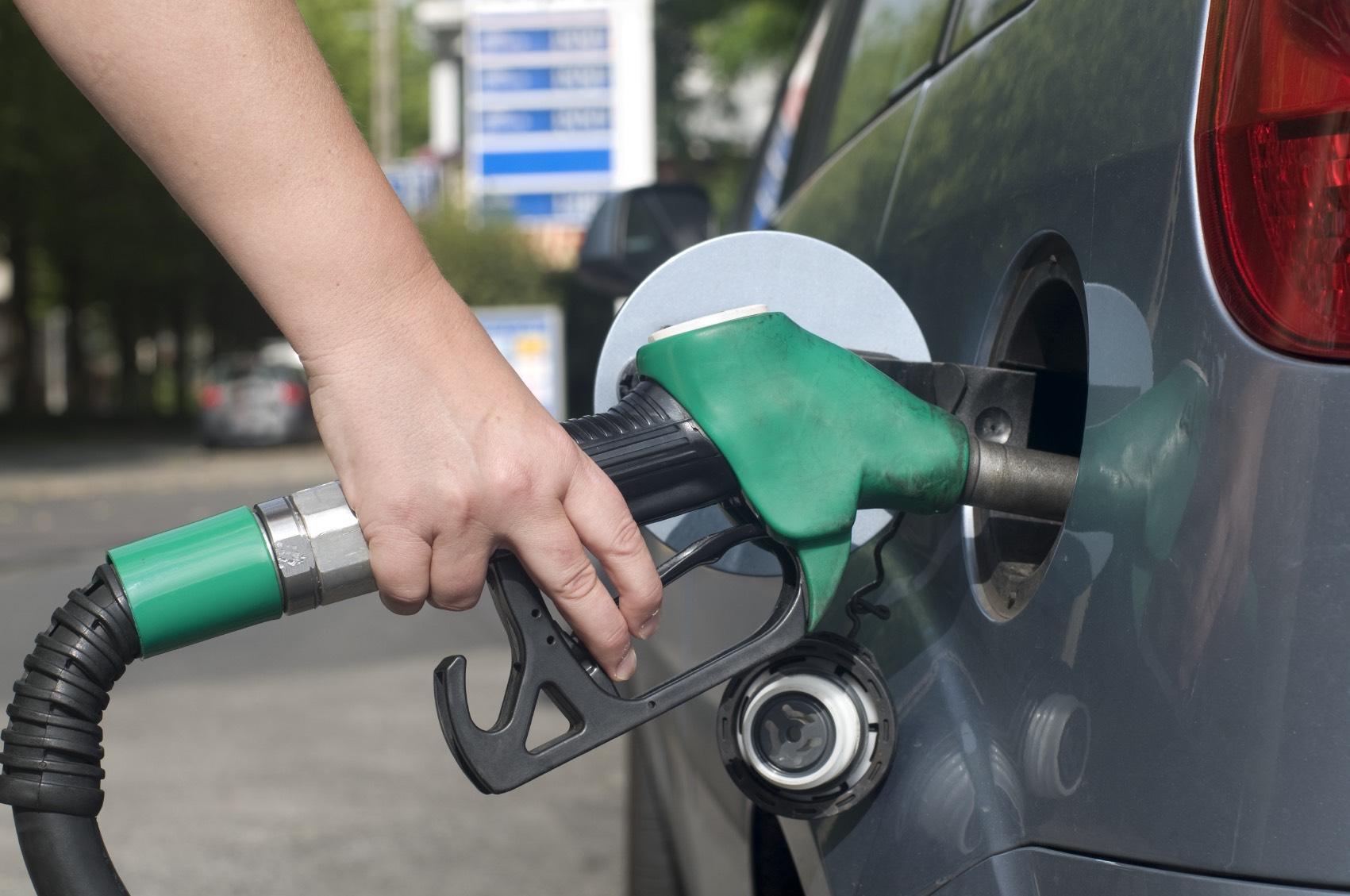 Petrol_pump.jpg