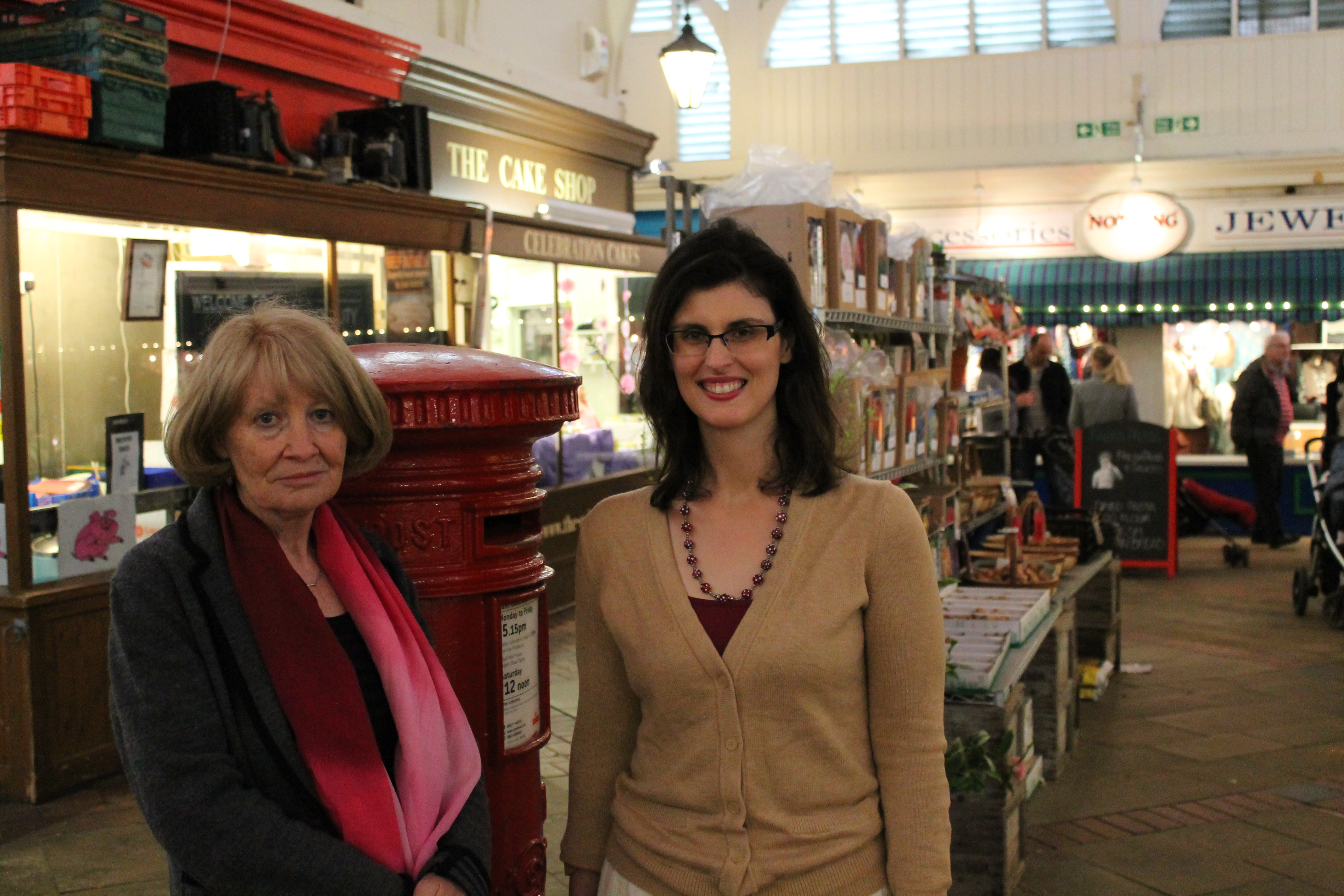Layla Moran and Cllr Liz Wade in the Covered Market