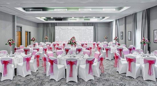 university-suite-wedding.jpg