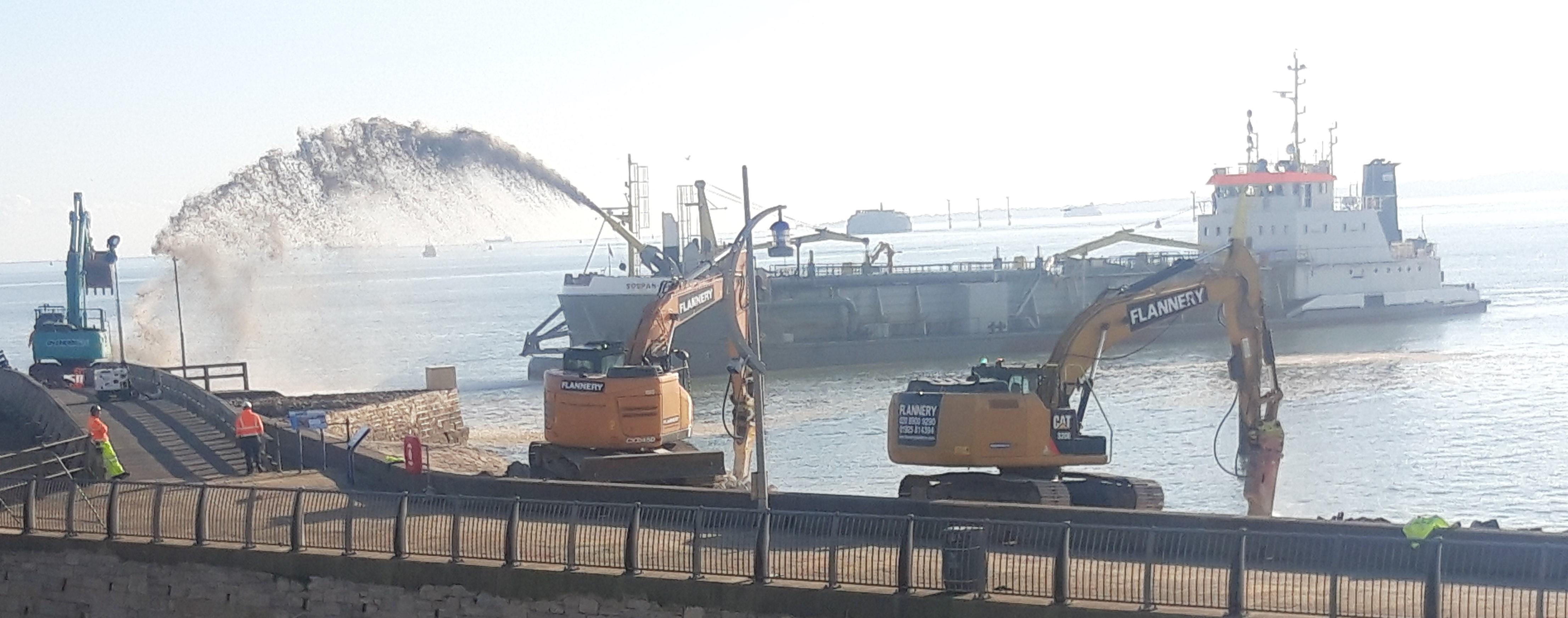 Rainbow dredging Southsea sea defences