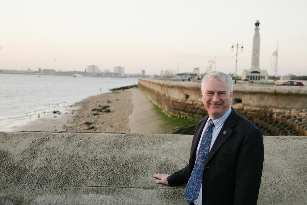 Gerald Vernon-Jackson makes frack-free promise to Portsmouth residents