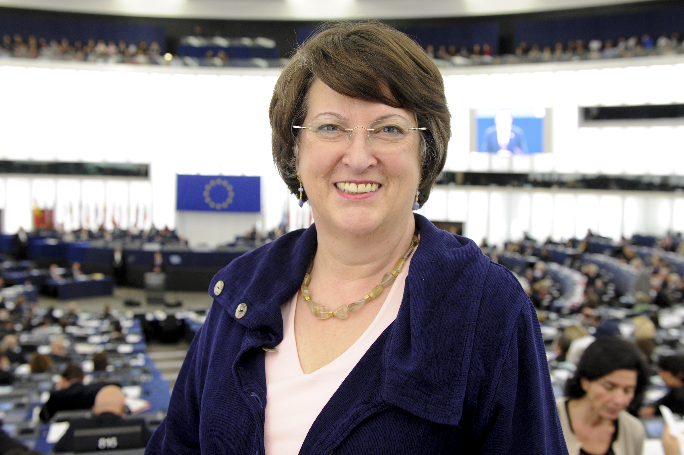 VIDEO: Catherine Bearder MEP speech on the gender pay gap and transgender rights
