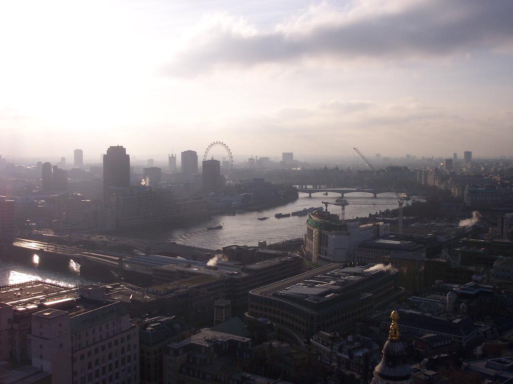 key_London_Smog.jpg