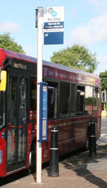 warwick-rd-bus-stop.jpg