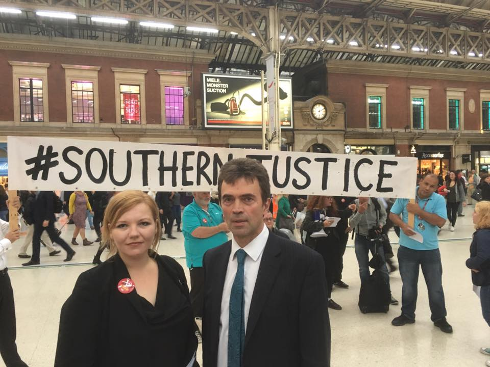 Commuters prepare for Judicial Review on Southern Rail
