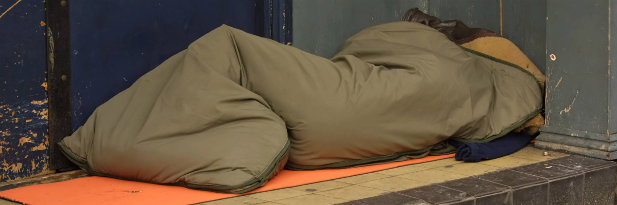 Liberal Democrats commit to ending rough sleeping in Britain  Tim Farron announces measures to help end rough sleeping