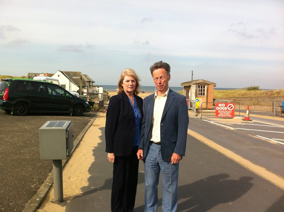 Lynne Thompson and John Pugh MP at Ainsdale Beach entrance