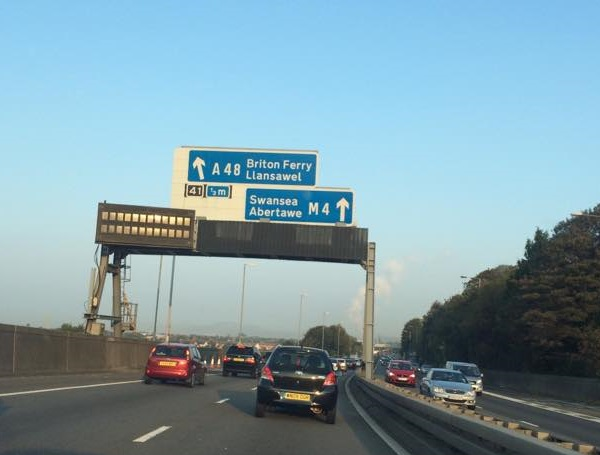 Assembly Member raises M4 junction 41 closure and Port Talbot congestion with First Minister