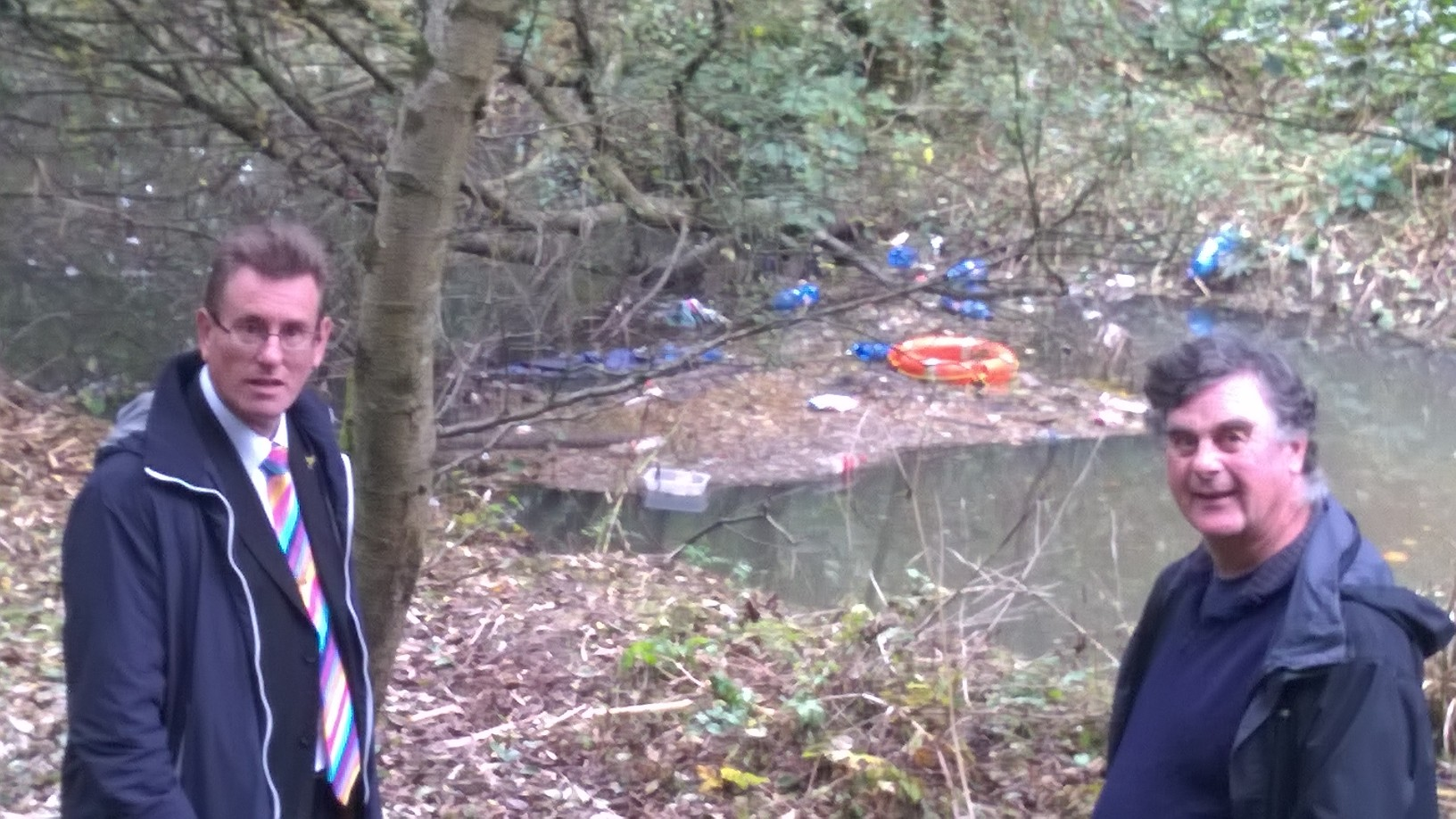 Assembly Member calls on Council to clean up fly-tipping around Fendrod Lake
