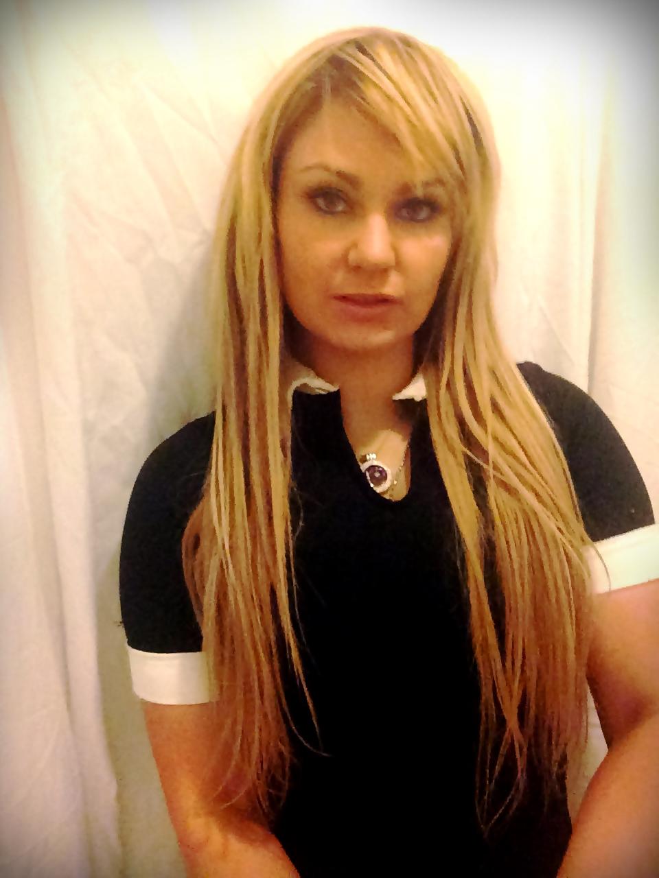 Charlene_Portrait_10216_(2).JPG