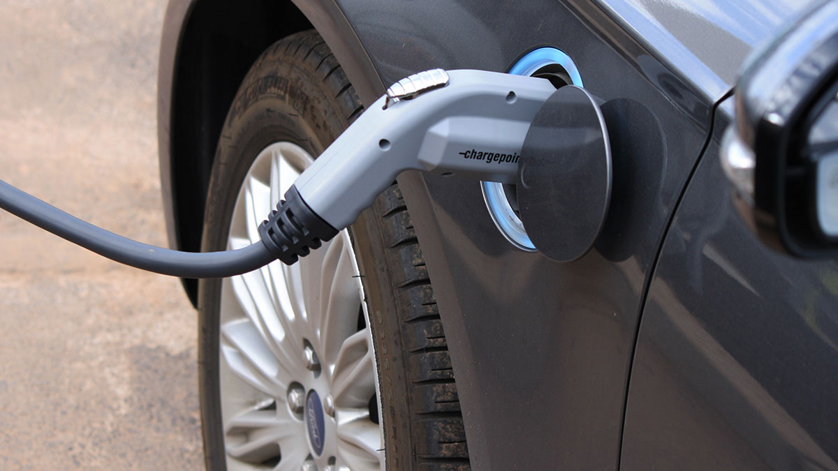 South Gloucestershire woefully behind on Electric Vehicle charging – Rush