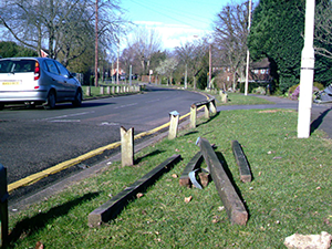 Lemsford Lane Posts