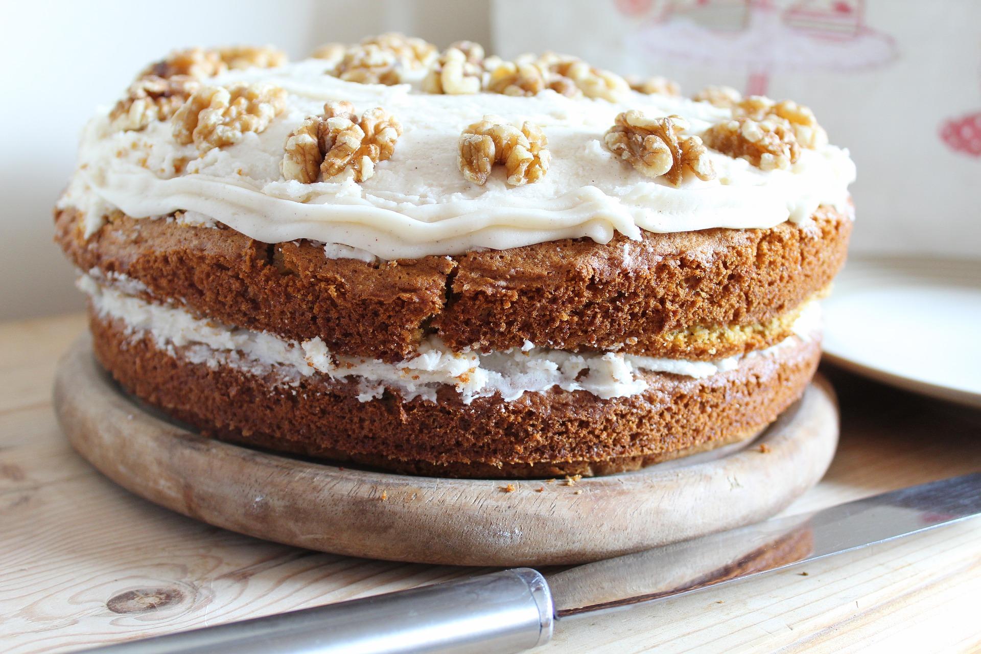 carrot-cake-2771296_1920.jpg