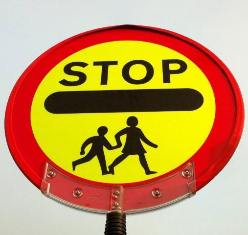 crossing_sign_small.jpg
