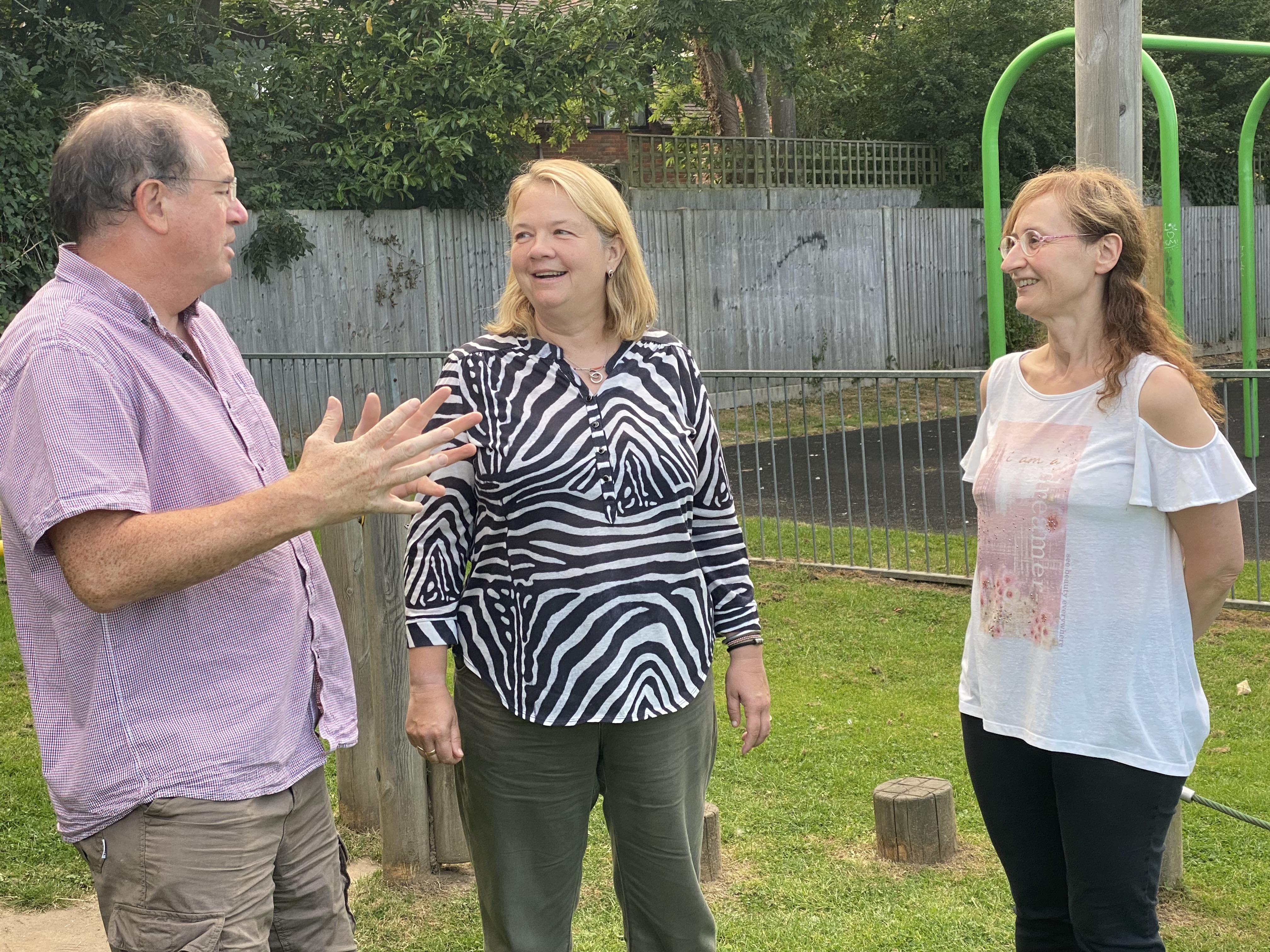 Candidate Jane Ainslie (centre) discusses local issues with LibDem Wescott Town Councillors Mariangela Ferrai and Pete Dennis