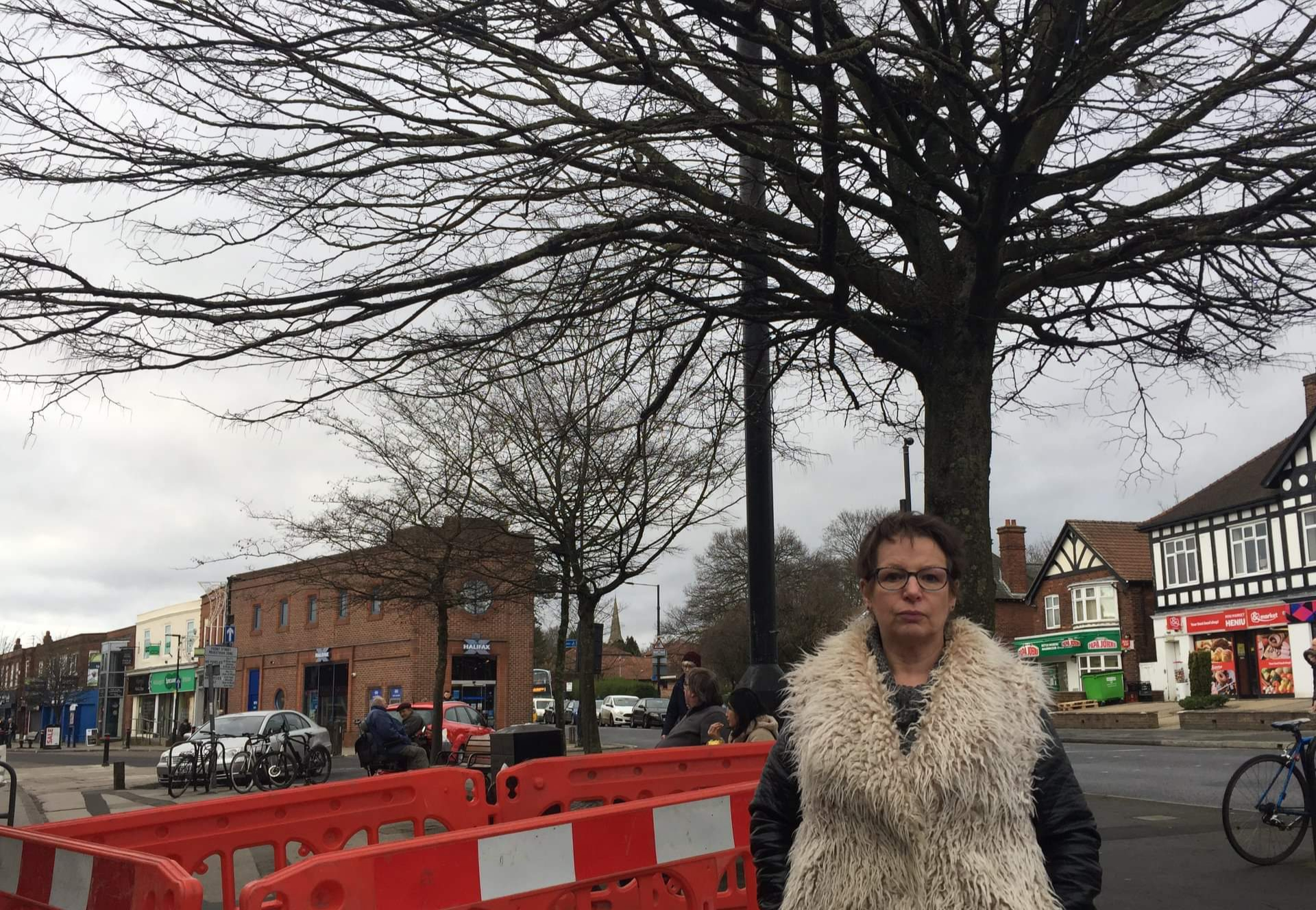 Local Lib Dem Councillor urges Council to 'save the tree'