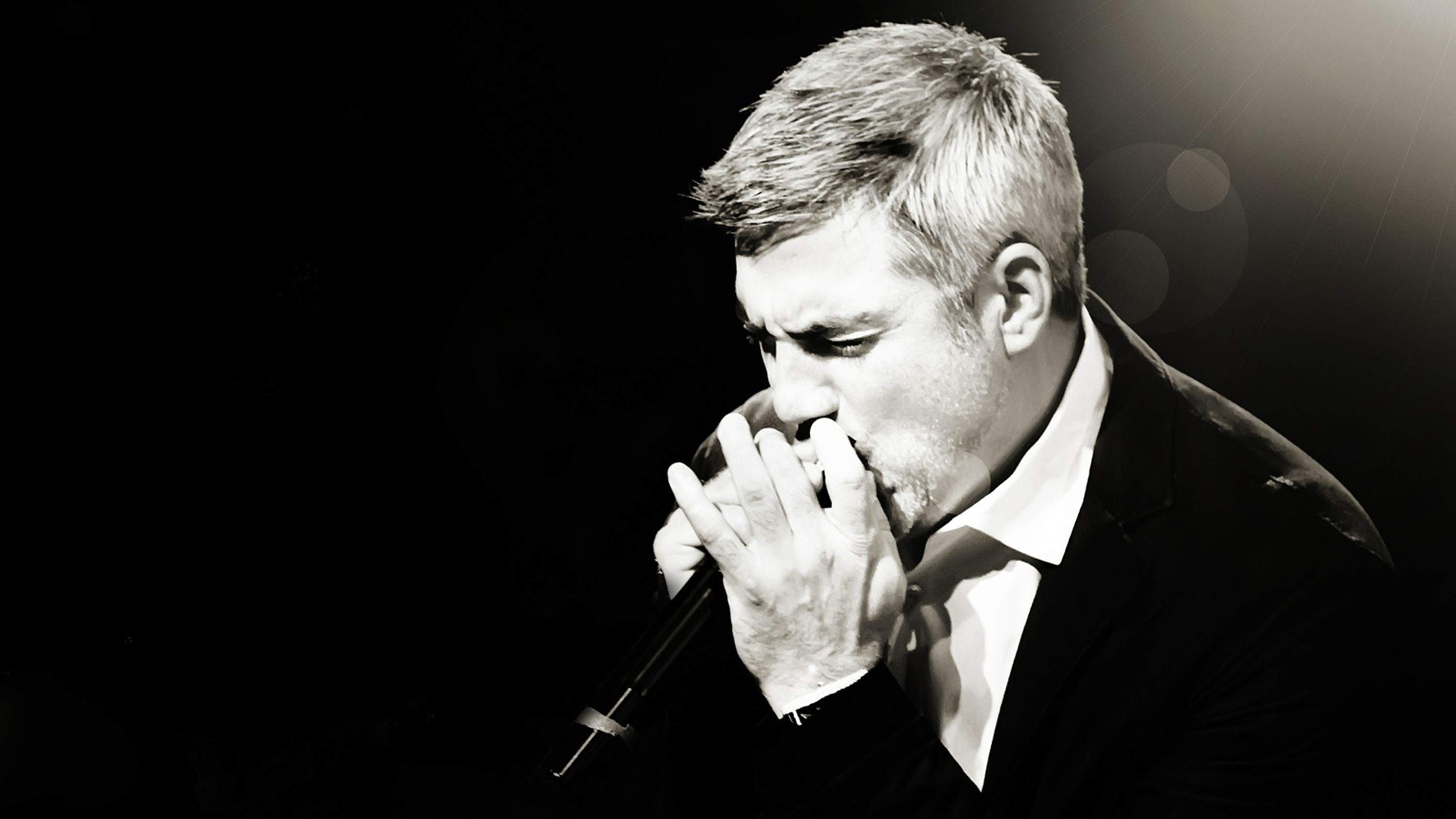 Taylor-Hicks-Live-approved.png